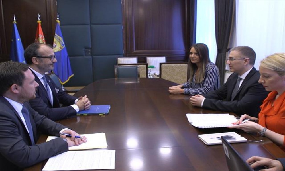 Stefanović i Fabrici o pristupnim pregovorima sa EU