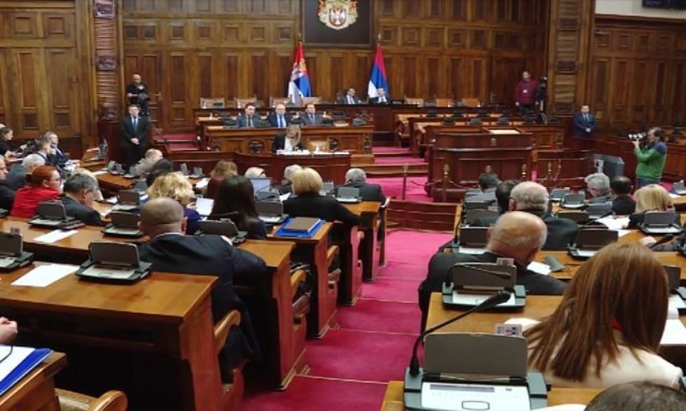 """Poslanici o dokumentarcu """"Vladalac"""", RS, ministrima"""