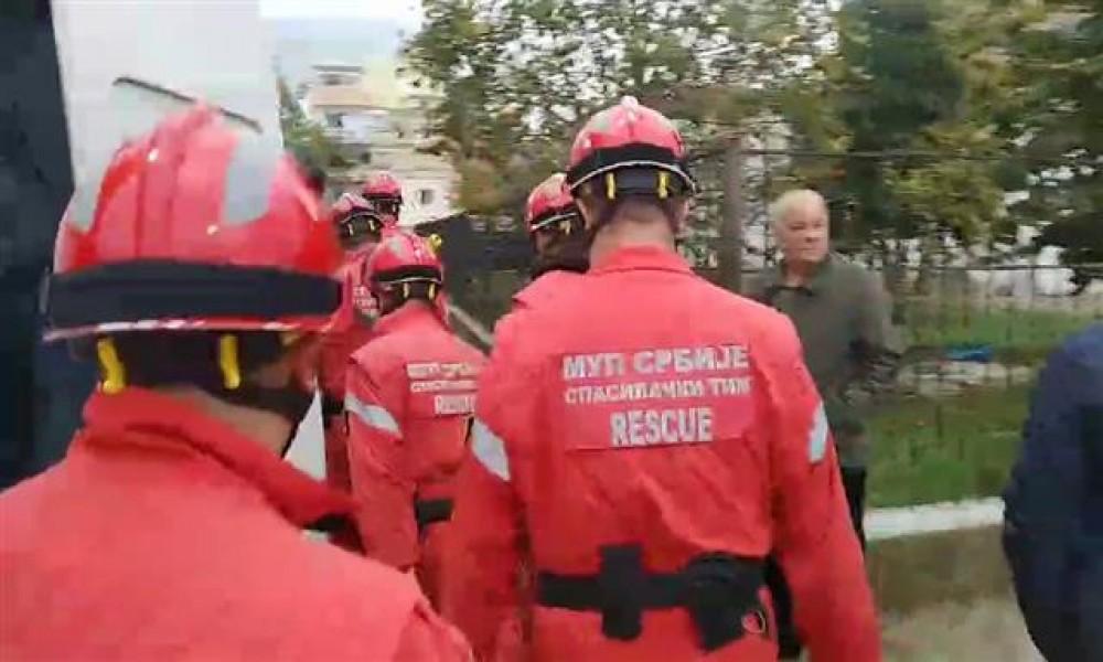 U Albaniji poginulo 29 osoba; Srpski spasioci izvukli još dva tela