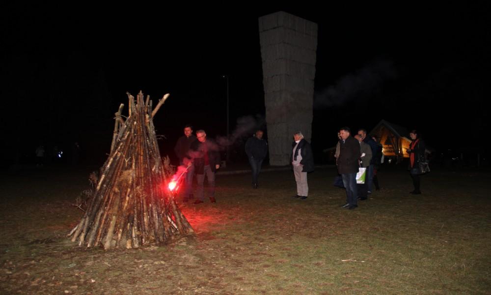 Tradicija pesničkih vatri živi na Zlatiboru