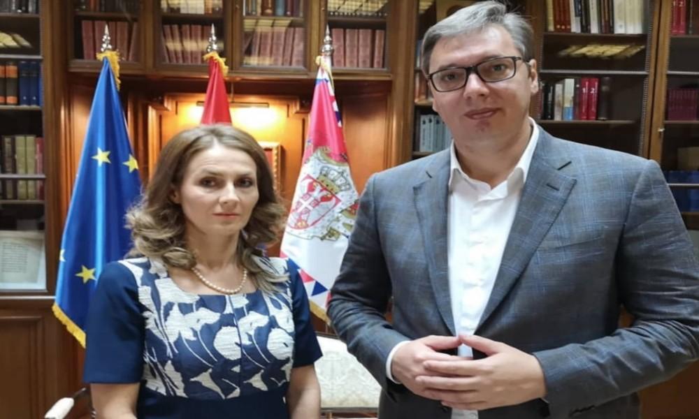 Vučić sa Poverenicom za zaštitu ravnopravnosti B.Janković