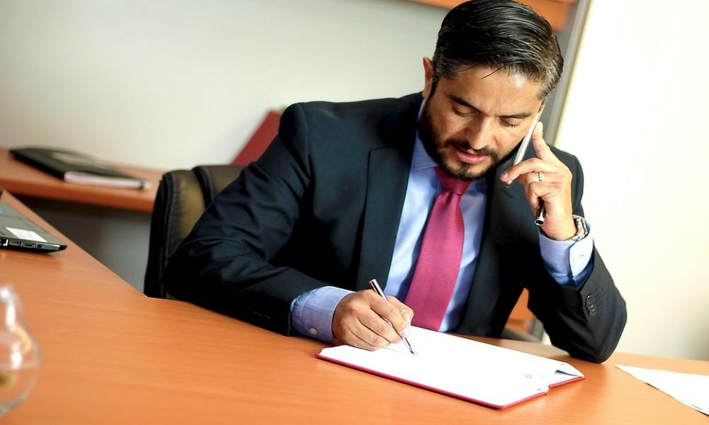 Advokati kompletno  besplatno  brane za najviše 130.000 dinara