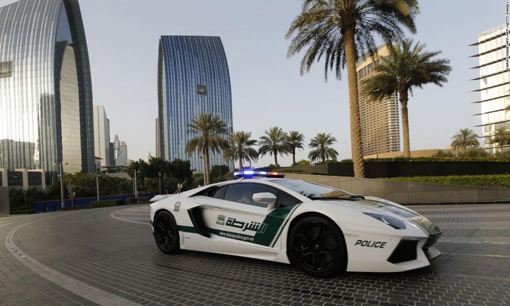 Policija u Dubaiju vozi najbrže automobile na svetu