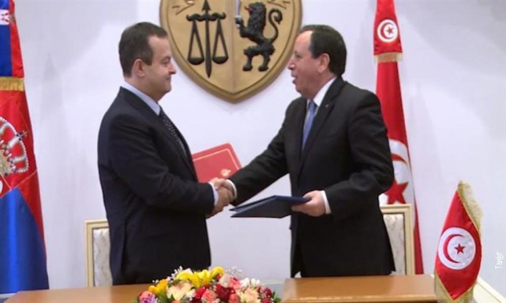 Unaprediti ekonomsku saradnju Srbije i Tunisa