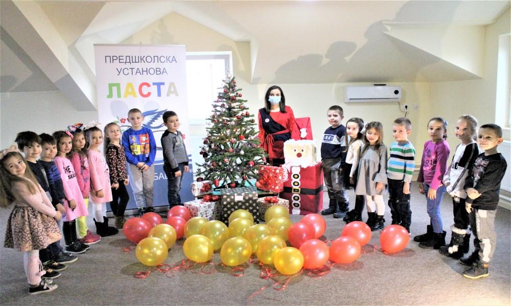 Nagrada sa konkursa piši Deda Mrazu stigla u Golubac