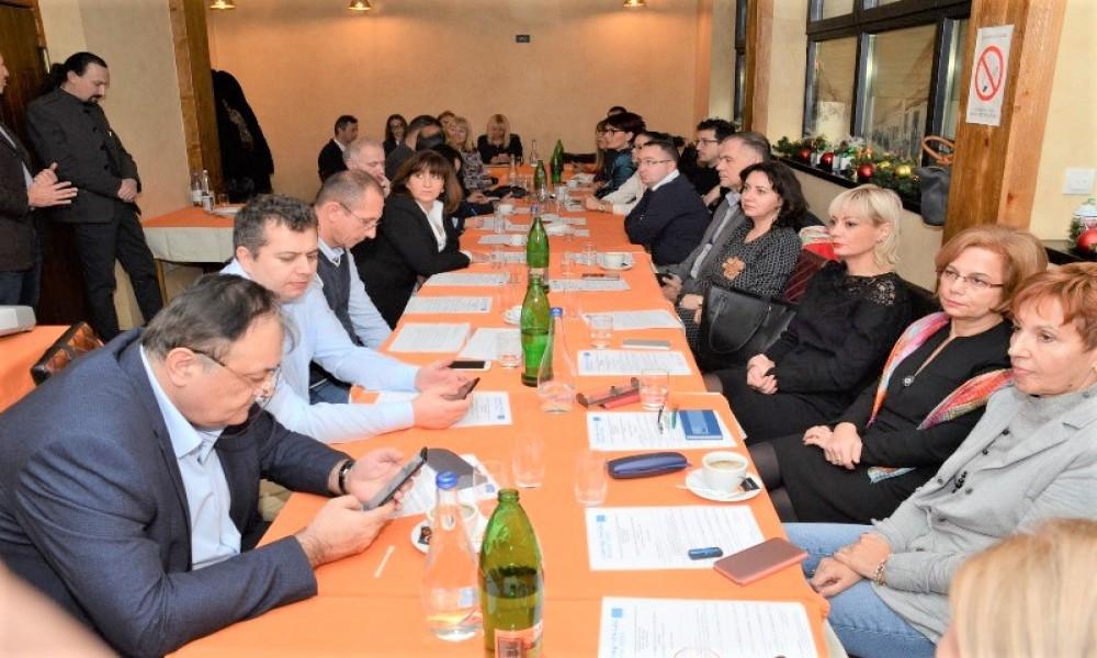 U VELIKOM GRADIŠTU ODRŽANA PRVA RADIONICA IZ PROJEKTA PREKOGRANIČNE SARADADNJE RUMUNIJA SRBIJA