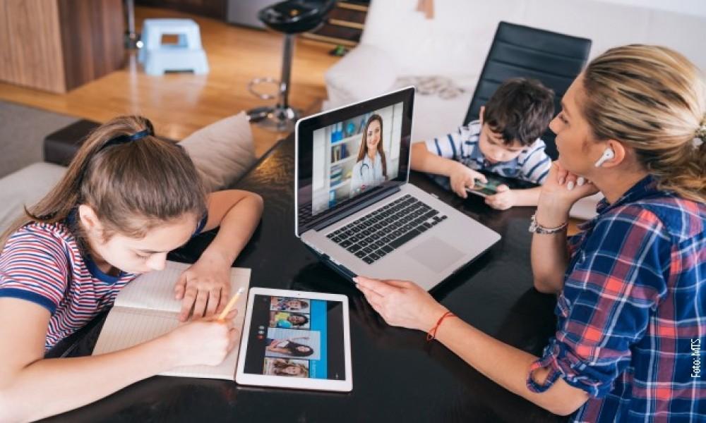 Televizija, internet i telefon godišnje mogu da vas koštaju 12 dinara