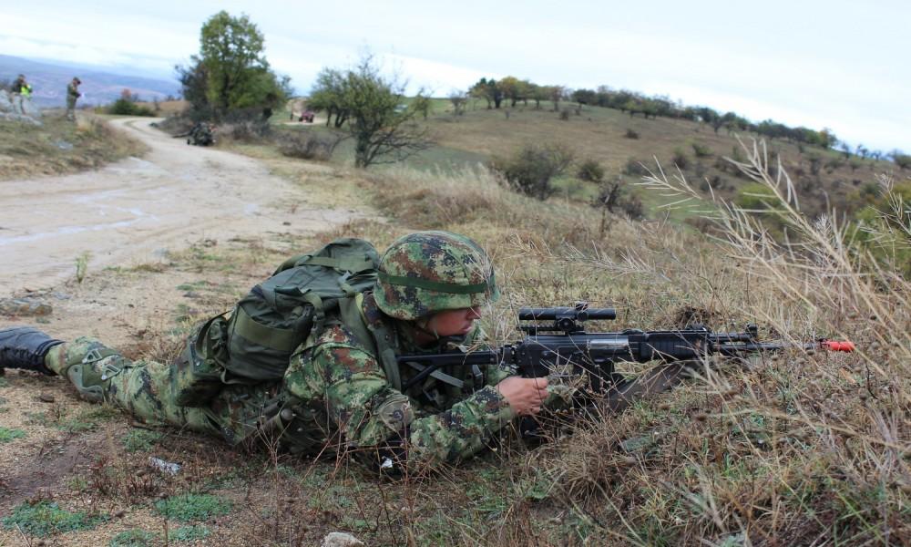 Vojska vežba na poligonu Mogila