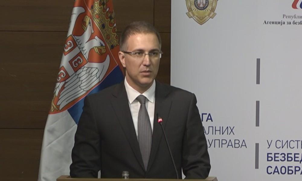 Stefanović: Mladi ljudi neće ići u vojsku da budu spremačice i domari