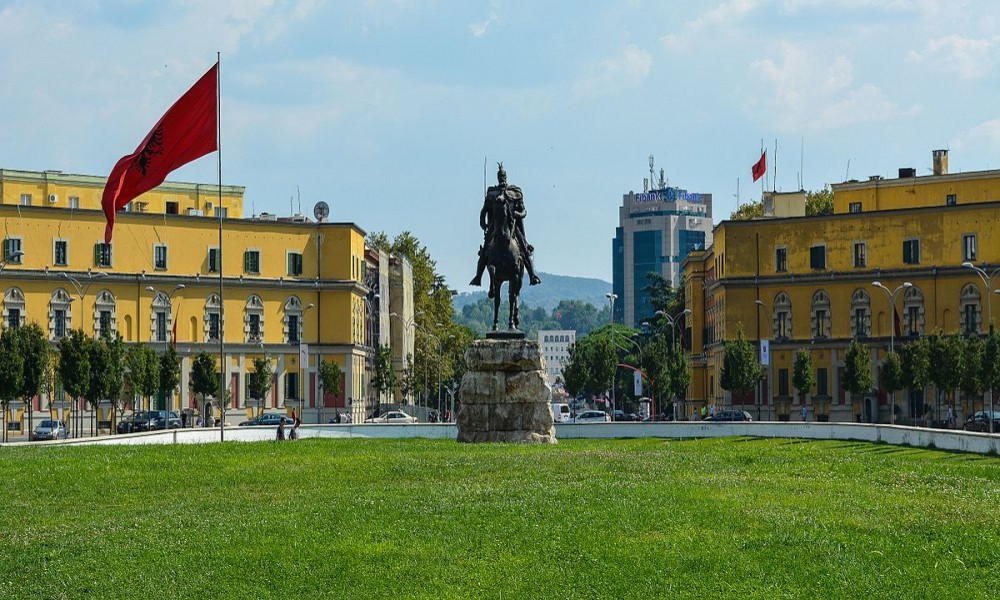 Albanija odobrila sporazum za ulazak građana Srbije sa ličnom kartom