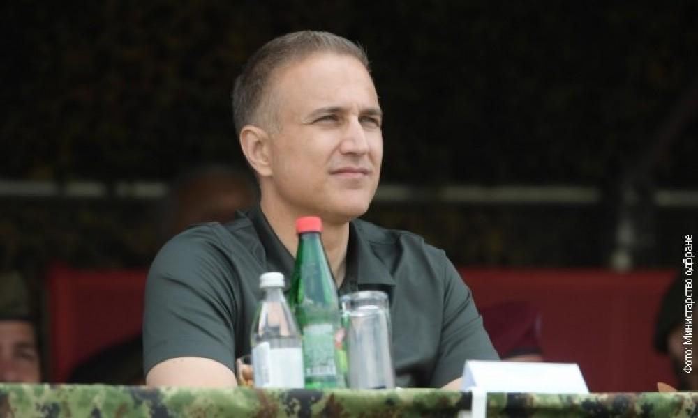 Stefanović: Ako se vrati obavezni vojni rok, biće šest meseci