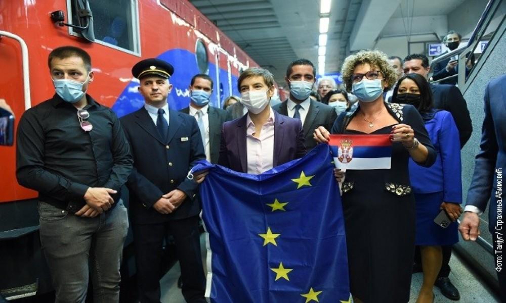 Brnabićeva na otvaranju Zapadnobalkanskog železničkog samita: Cilj povezati Srbiju modernim prugama sa regionom i EU