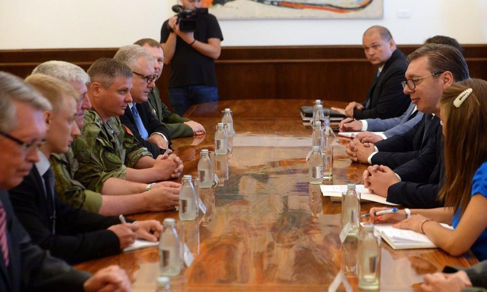 VUČIĆ: Srbija će istrajati u vojnoj neutralnosti
