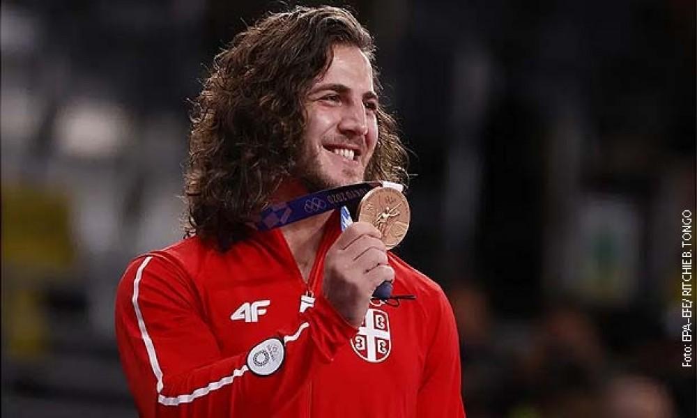 Datunašvili svetski šampion, Srbiji jubilarna 100. medalja