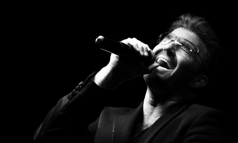 Preminuo pevač Džordž Majkl