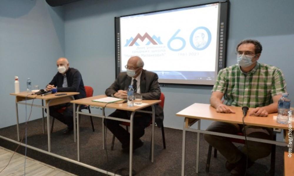 Kon, Janković i Radojičić sa srednjoškolcima: Učenici ne veruju vakcinama, jedan razgovor nije dovoljan