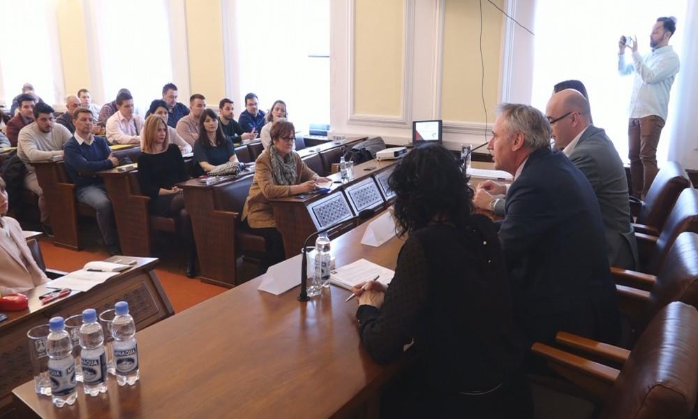 PREZENTACIJA JAVNIH POZIVA AKTIVNE POLITIKE ZAPOŠLJAVANJA  U POŽAREVCU ZA 2019.
