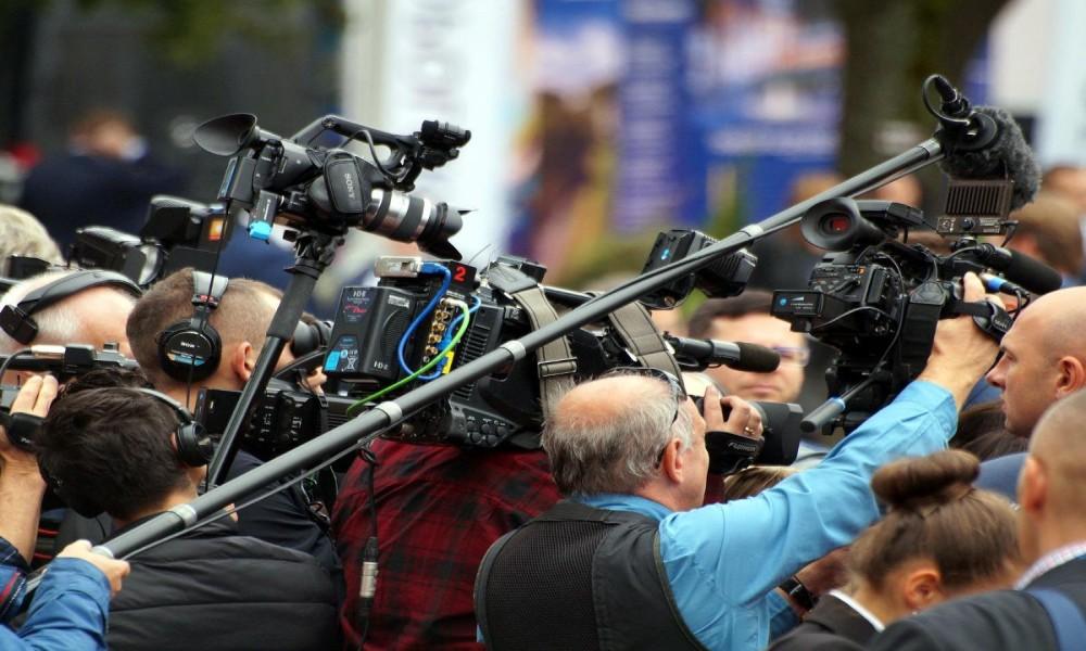 OVE GODINE U SVETU UBIJENO 80 NOVINARA: DA LI POSTOJI SLOBODA MEDIJA?