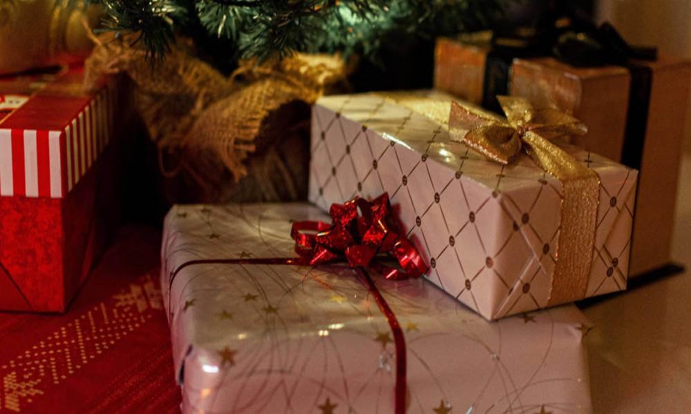 5 ideja za idealan novogodišnji poklon za devojku