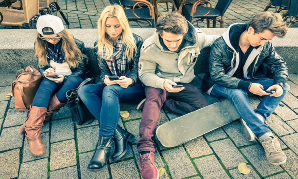 Smartfoni i tinejdžeri,  da li je situacija alarmantna