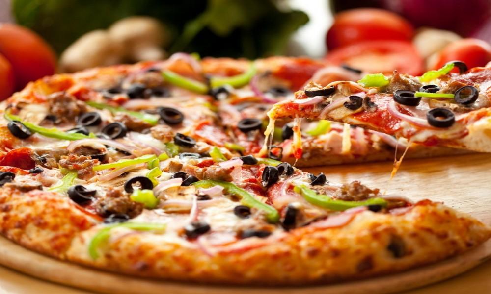 PICA ILI (ITALIJANSKI PIZZA)  SA PARADAJZOM PO RECEPTU NIKOLE RADIŠIĆA