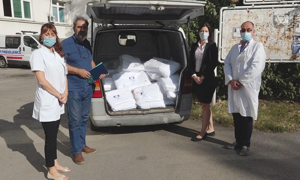 Udruženje Solidarnost online doniralo 530 posteljina Opštoj bolnici u  Požarevcu