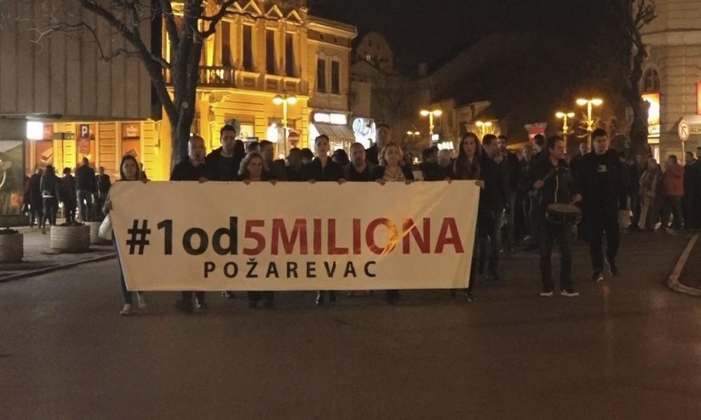 ODRŽAN 9. GRAĐANSKI PROTEST U POŽAREVCU