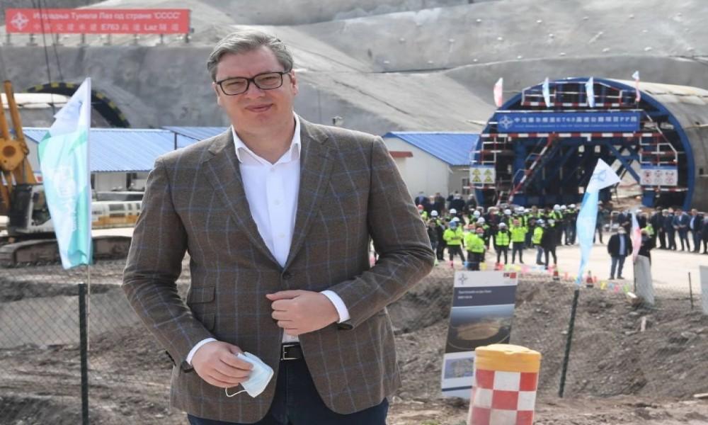 """Vučić """"pregovarao"""" sa Džangom, auto-put Preljina-Požega do Božića"""